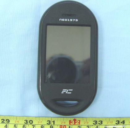 neo1973-openmoko-mobile-phone-fcc