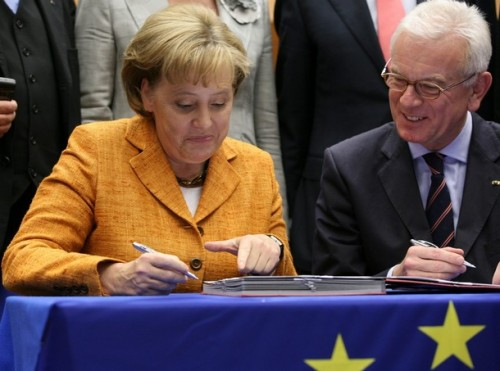 BELGIUM-EP-EU-BRUSSELS-MERKEL