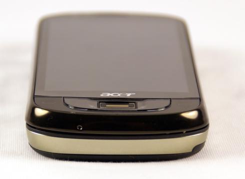 acer-m900-bottom