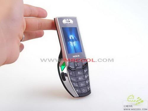 batman-mobile-phone-01