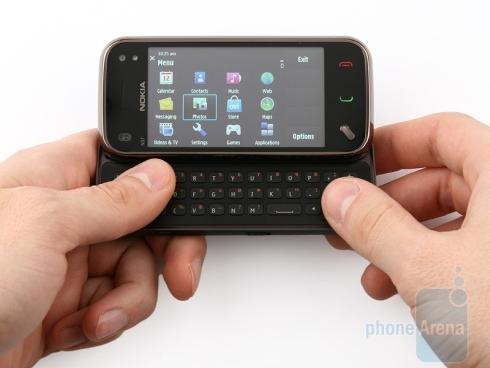 Nokia_N97_mini_review_1