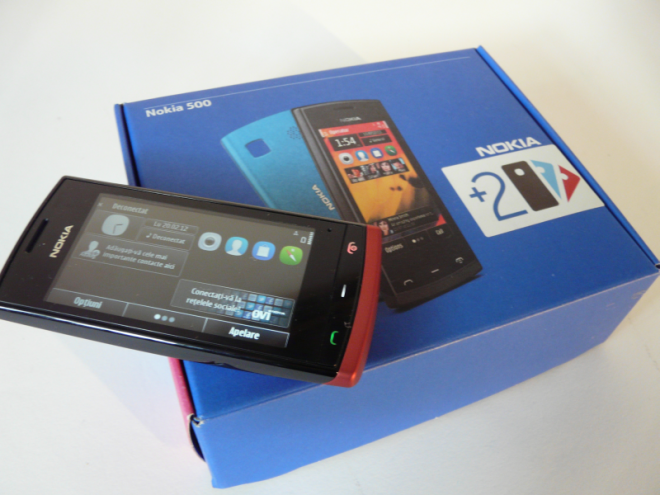 Nokia 500 Unboxing - Colored Jackets and Midrange Price