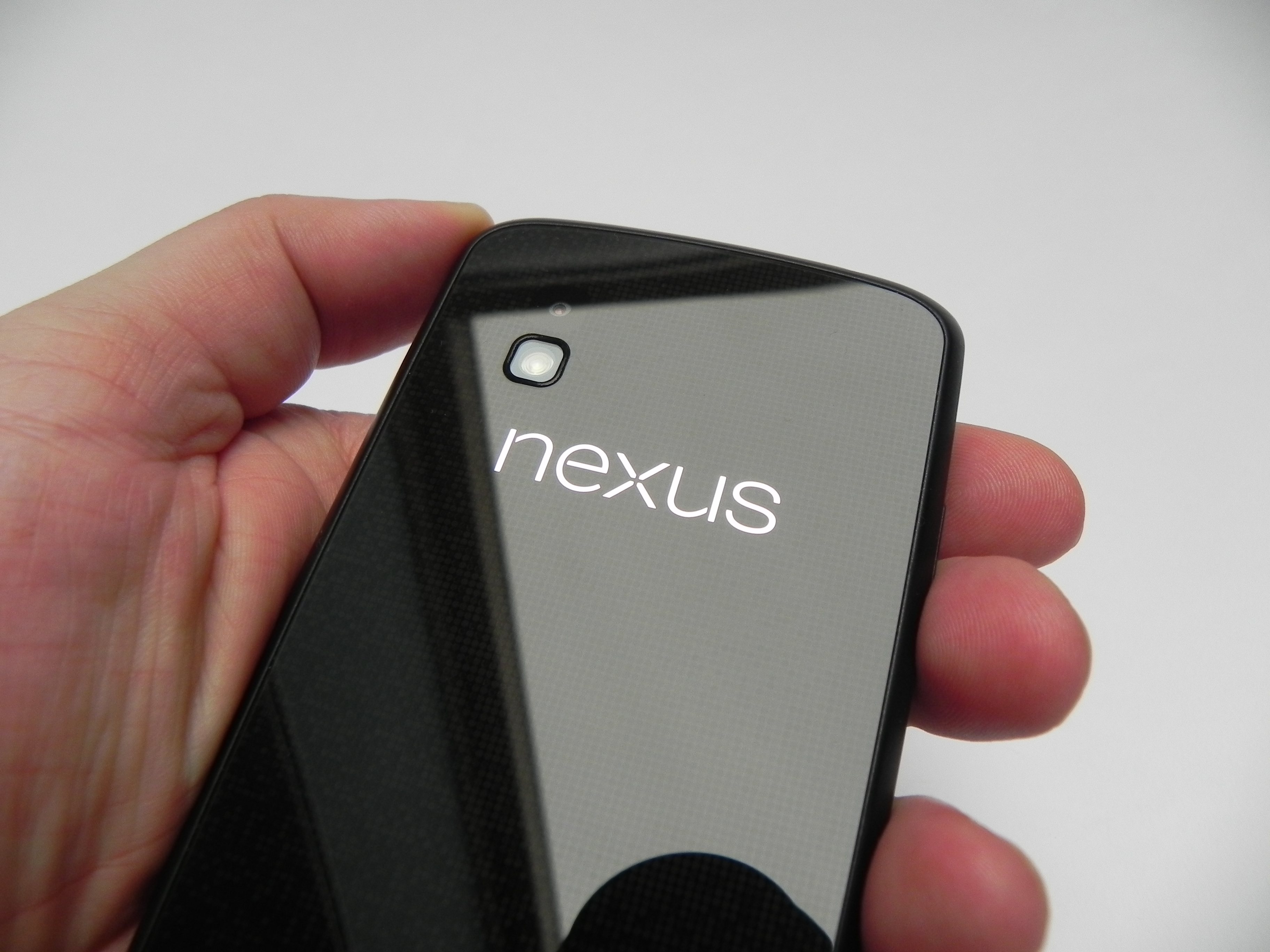 Google Nexus 4 Review: Good, but Not the Best (Video ...