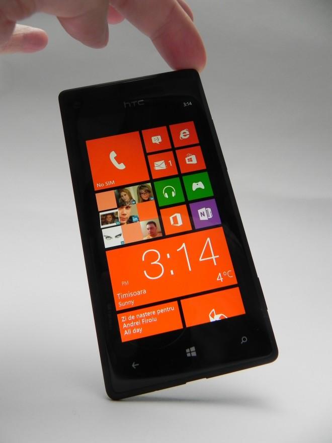 HTC-Windows-Phone-8X-review-GSMDome-com_33