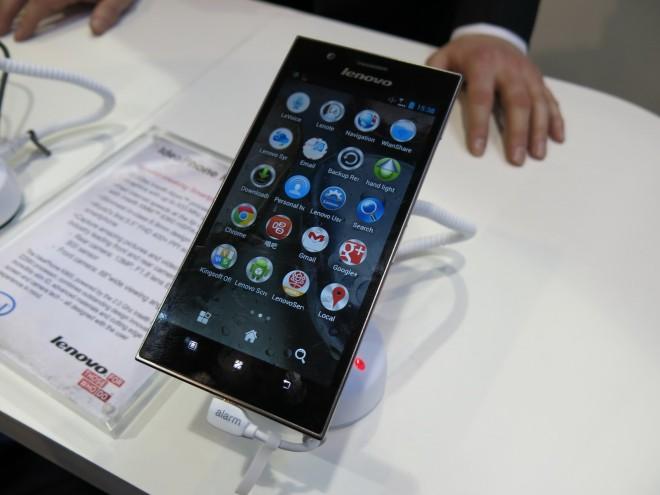Lenovo-IdeaPhone-K900_07-660x495