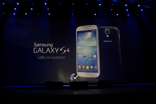 Samsung Debuts The New Galaxy S IV