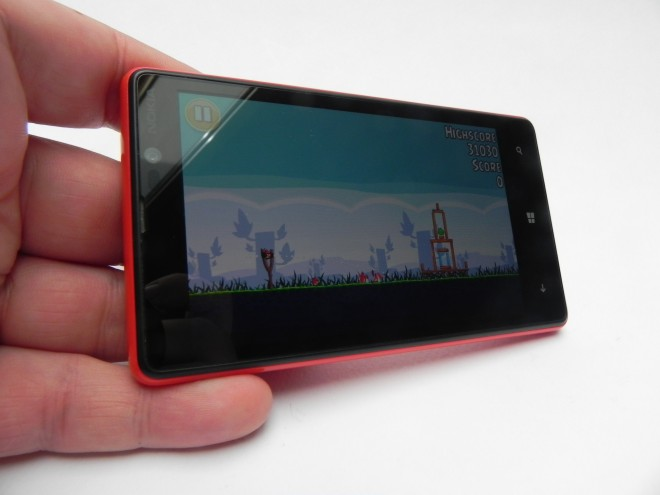 Nokia-Lumia-820-review-GSMDome-com_10