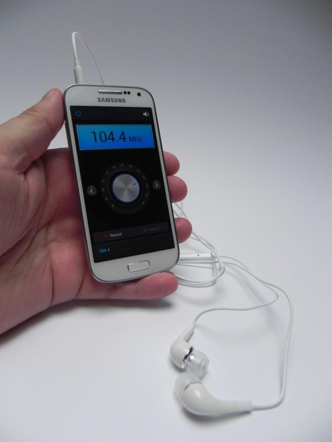 Samsung-Galaxy-S4-mini-review-gsmdome_26