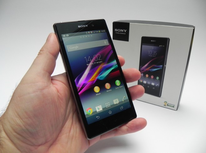 sony-xperia-z1-unboxing-gsmdome-com_3