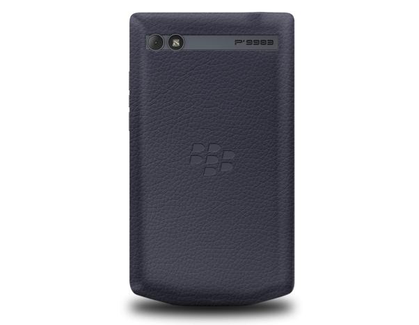 The-BlackBerry-Porsche-Design-P9983-Graphite3