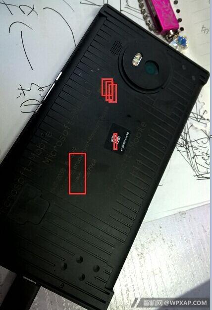 Lumia-940-XL-Proto-03
