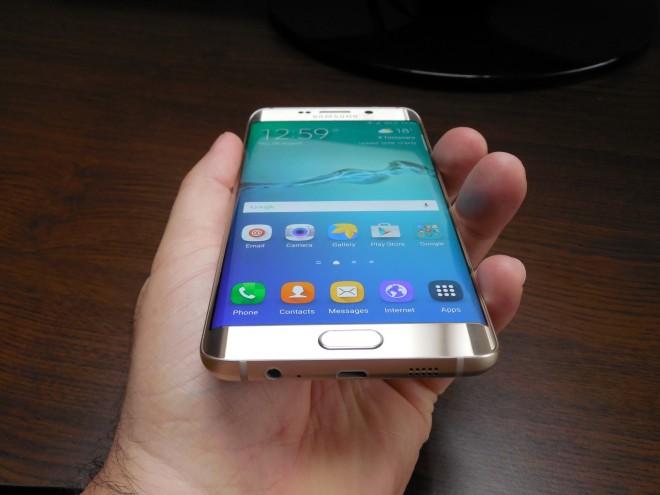 Samsung-Galaxy-S6-edge+_040