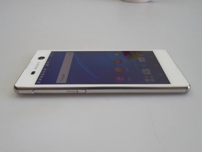 Sony-Xperia-M5_055