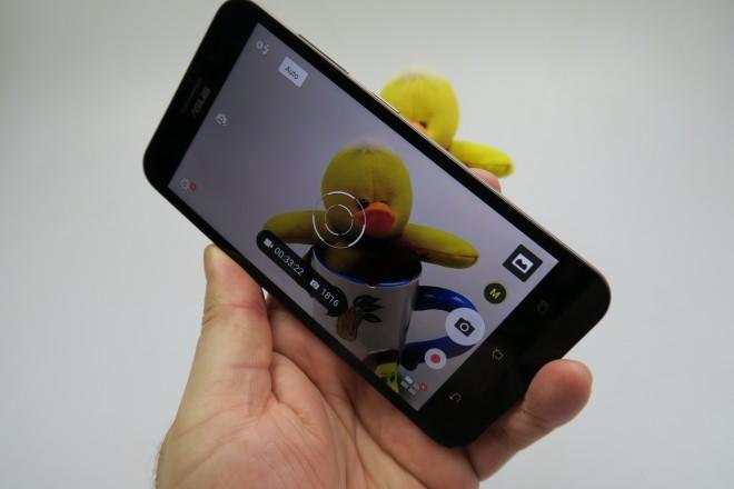 ASUS-ZenFone-MAX_032