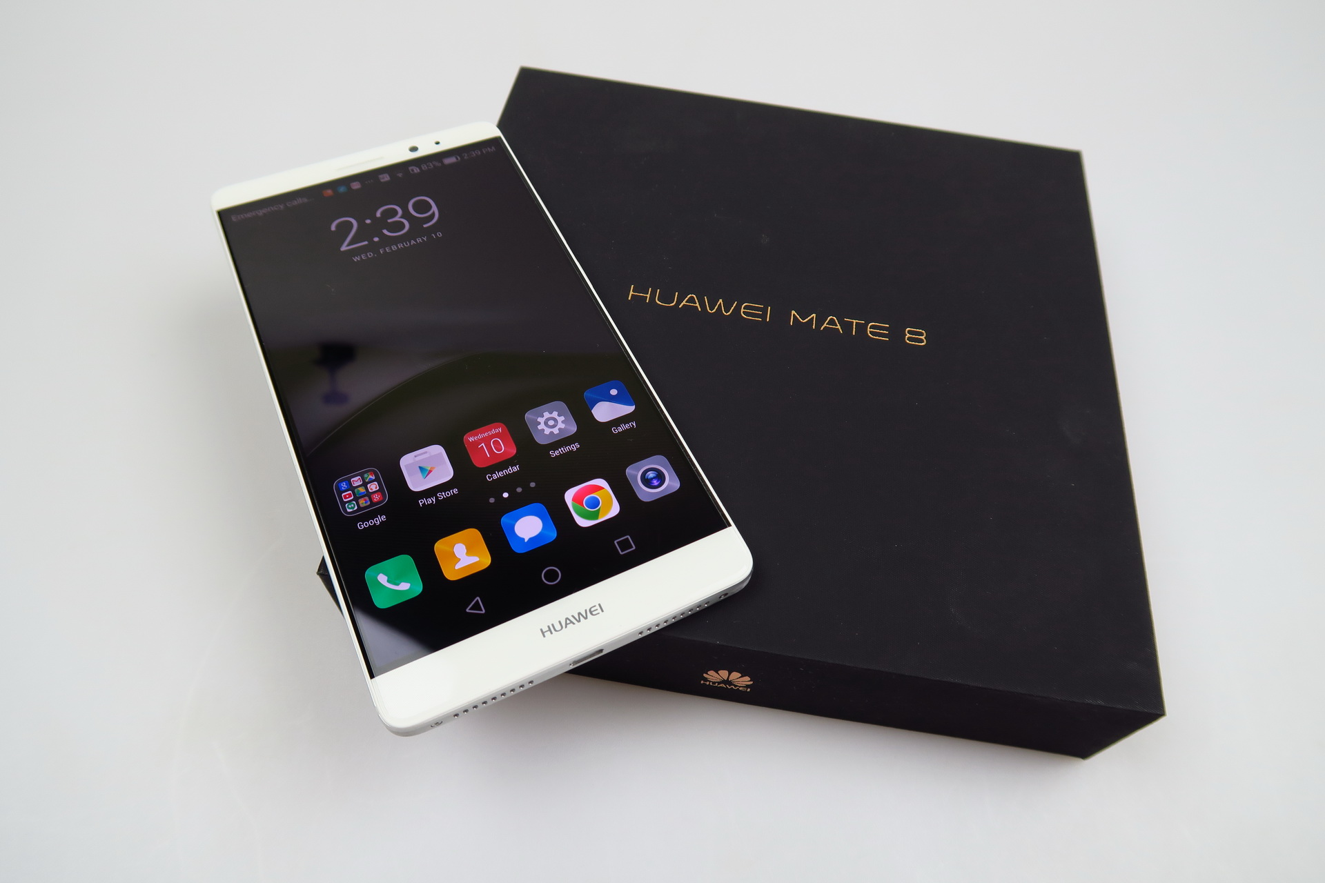 Huawei Mate 8 Unboxing: Huawei's Massive Crown Jewel Taken ...
