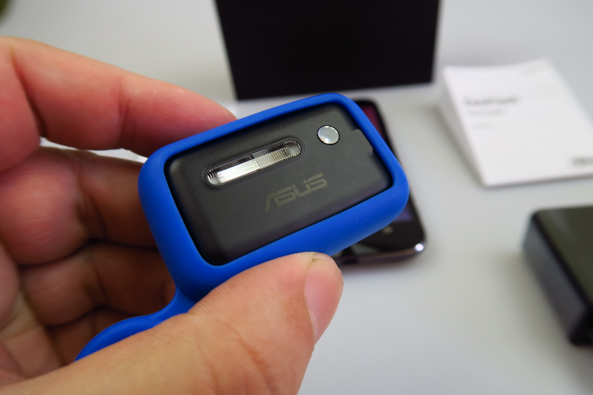 ASUS ZenFone Zoom Unboxing Slimmest 3X Optical Zoom