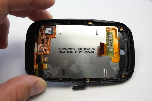 palm-pre-front-panel-lcd-screen-view-1