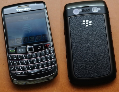 blackberry-bold-9700-front-back-vietnam