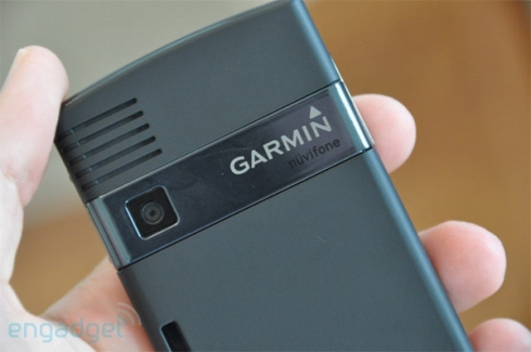 rear-nuvifone-g60-hands-on