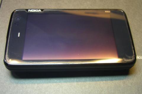Nokia_N900_1