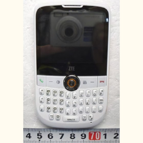 ZTE-X990-QWERTY