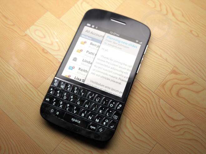 BlackBerry-X10-01