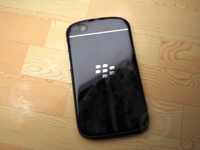 BlackBerry-X10-05