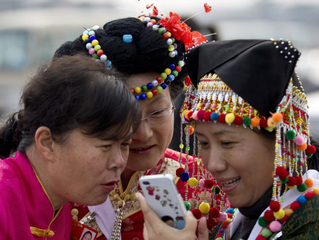 Chinese-Mobile-Internet-Users-w630