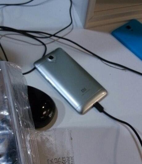Xiaomi-Mi3_2