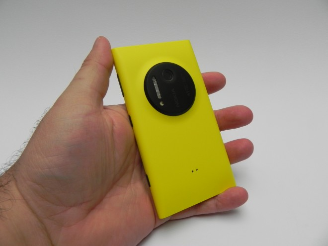 Nokia-Lumia-1020-review-gsmdome-com_09
