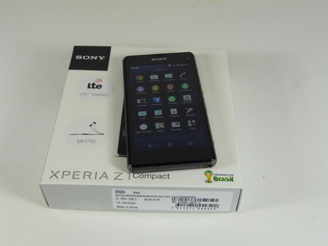 xperia z1 compact unboxing 2