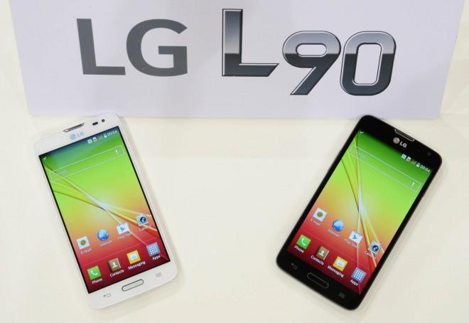 LG_L90 Global debut 02