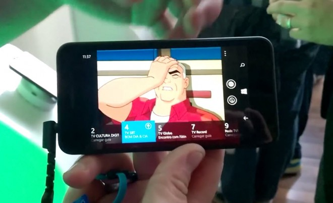 Nokia Lumia 630 with Digital TV shows up in a video hands-on