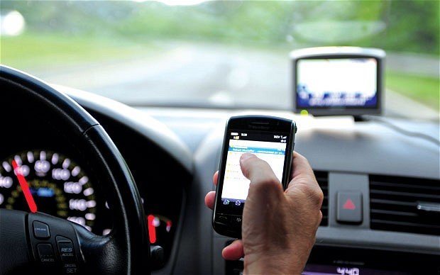 an argument against the use of cell phones while driving in the united states Sentiment appears to be turning against cell phone use while driving cell phones, and the national safety council cell phone use, as of march 2012, 31 states.
