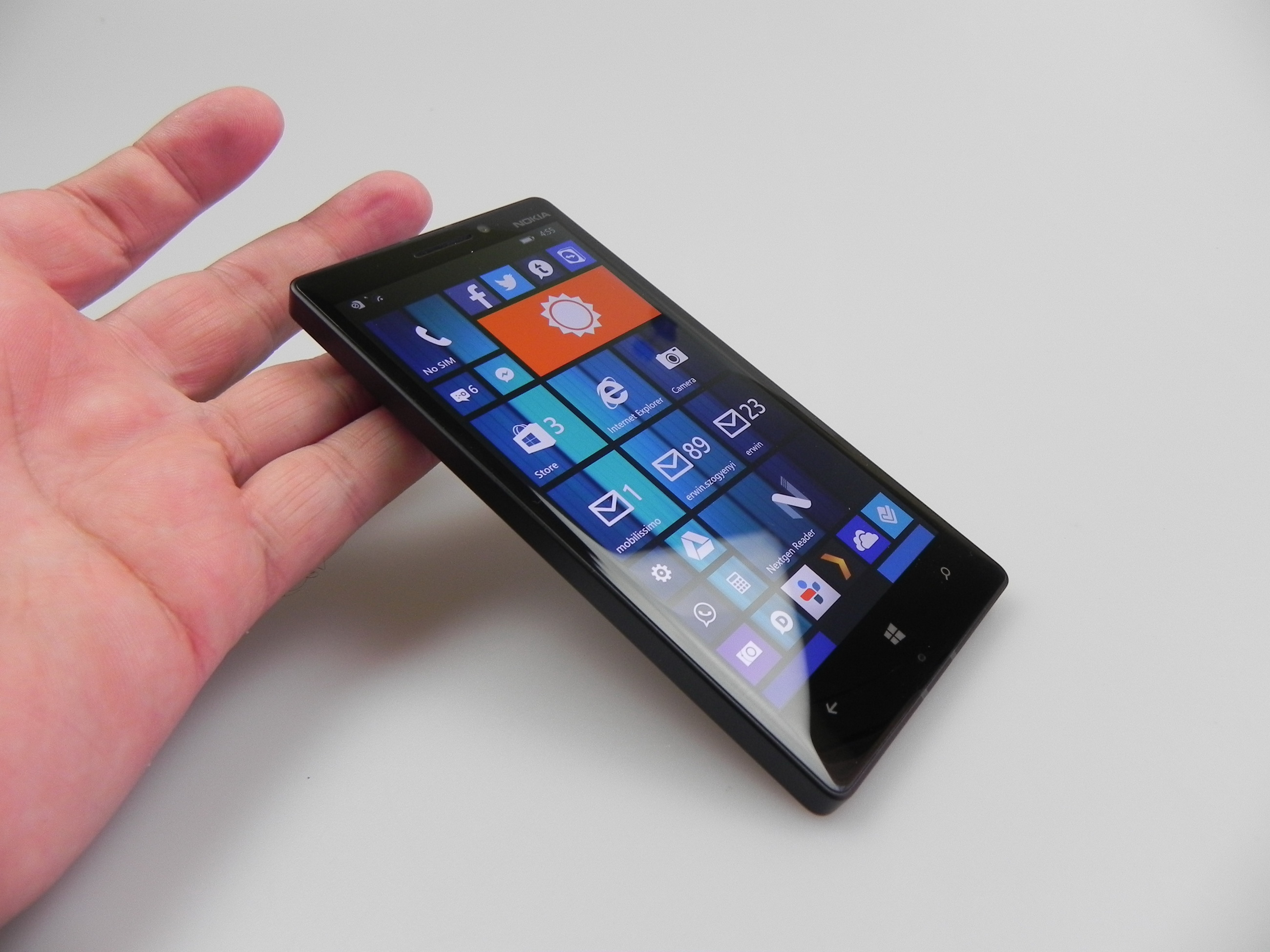 Nokia Lumia 930 Review Excellent Multimedia Based Quot Brick Quot Phone With Great Low Light Camera