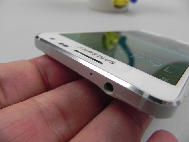 Samsung-Galaxy-Alpha-review_013