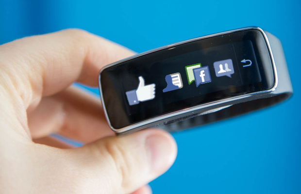 Facebook-Smartwatch-620x400