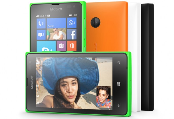 Lumia435_Marketing_1_SSIM-fea-600x410