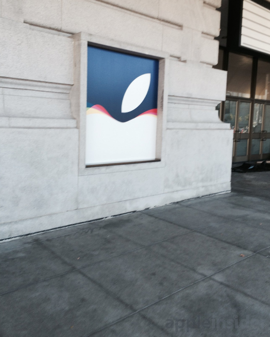 Apple-prepares-Bill-Graham-auditorium-in-San-Francisco-for-Tuesdays-event (2)