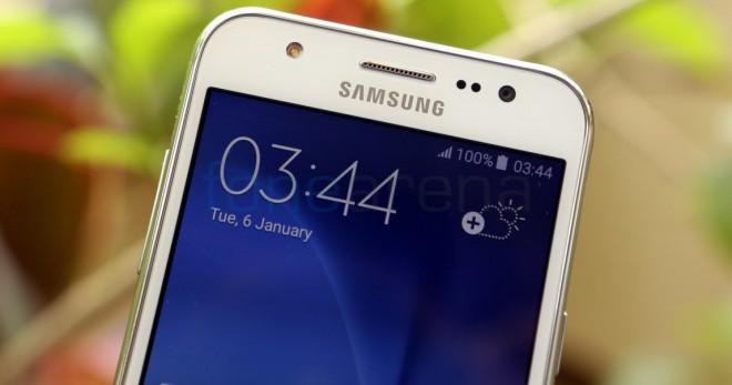 Samsung-Galaxy-J5_fonearena-02
