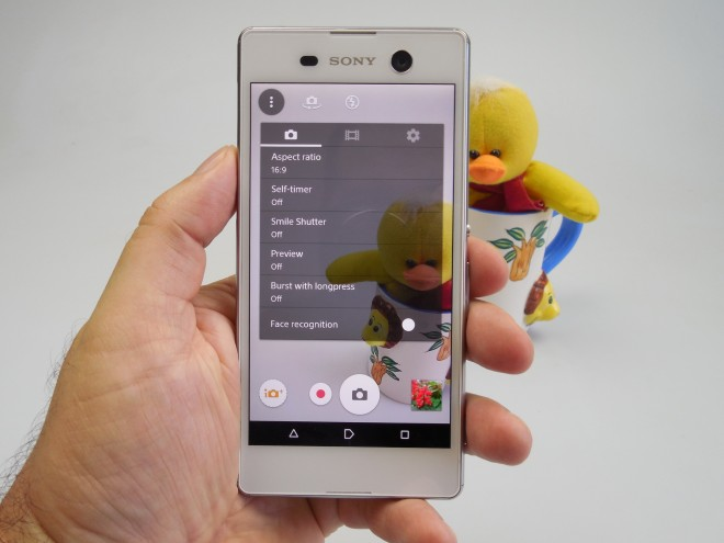 Sony-Xperia-M5_046