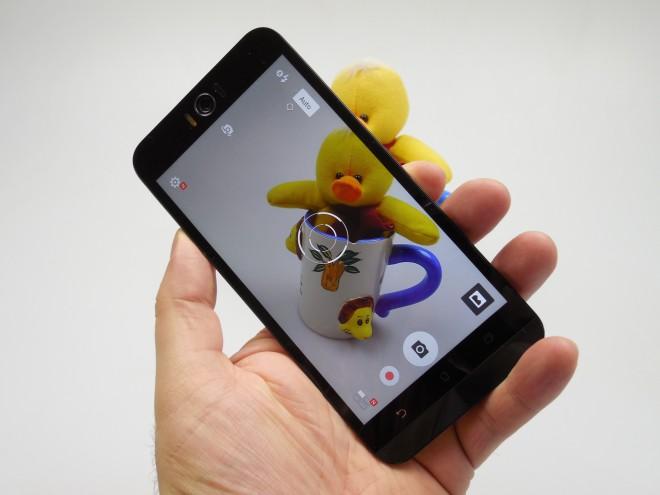 ASUS-Zenfone-Selfie_33