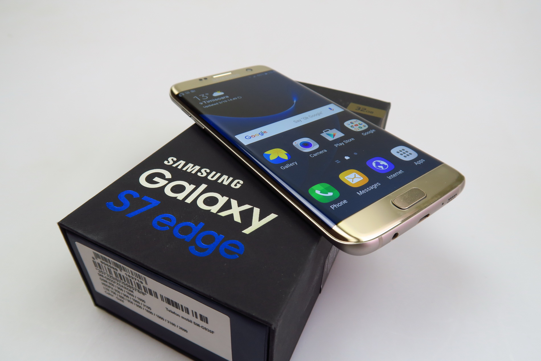 Samsung Galaxy S7 Edge Unboxing Curviest 2016 Flagship