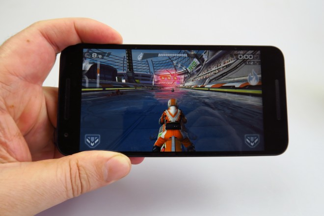 LG-Nexus-5X_032