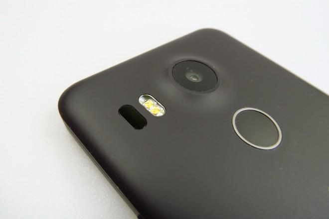 LG-Nexus-5X_047