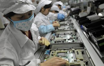 foxconn-assembly-line-346x220.jpg