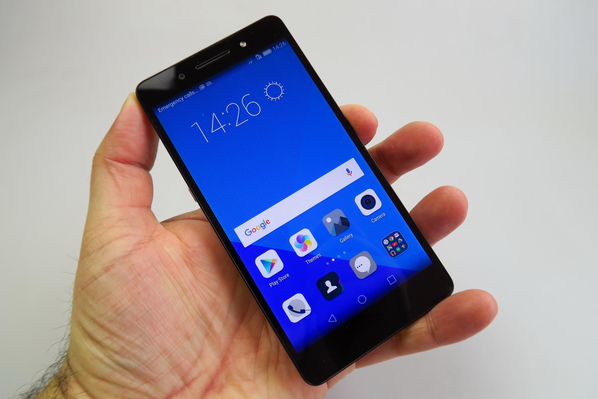Huawei Honor 7 Review Feels Like A Huawei Mate S Plus And