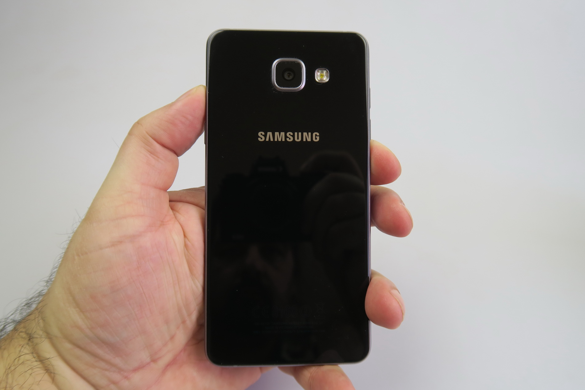 samsung galaxy a5 2016 review the real galaxy s6 mini video. Black Bedroom Furniture Sets. Home Design Ideas