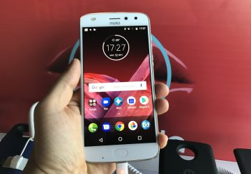 Lansare-Motorola-Moto-Z2-Play-in-Romania_011-360x250.jpg
