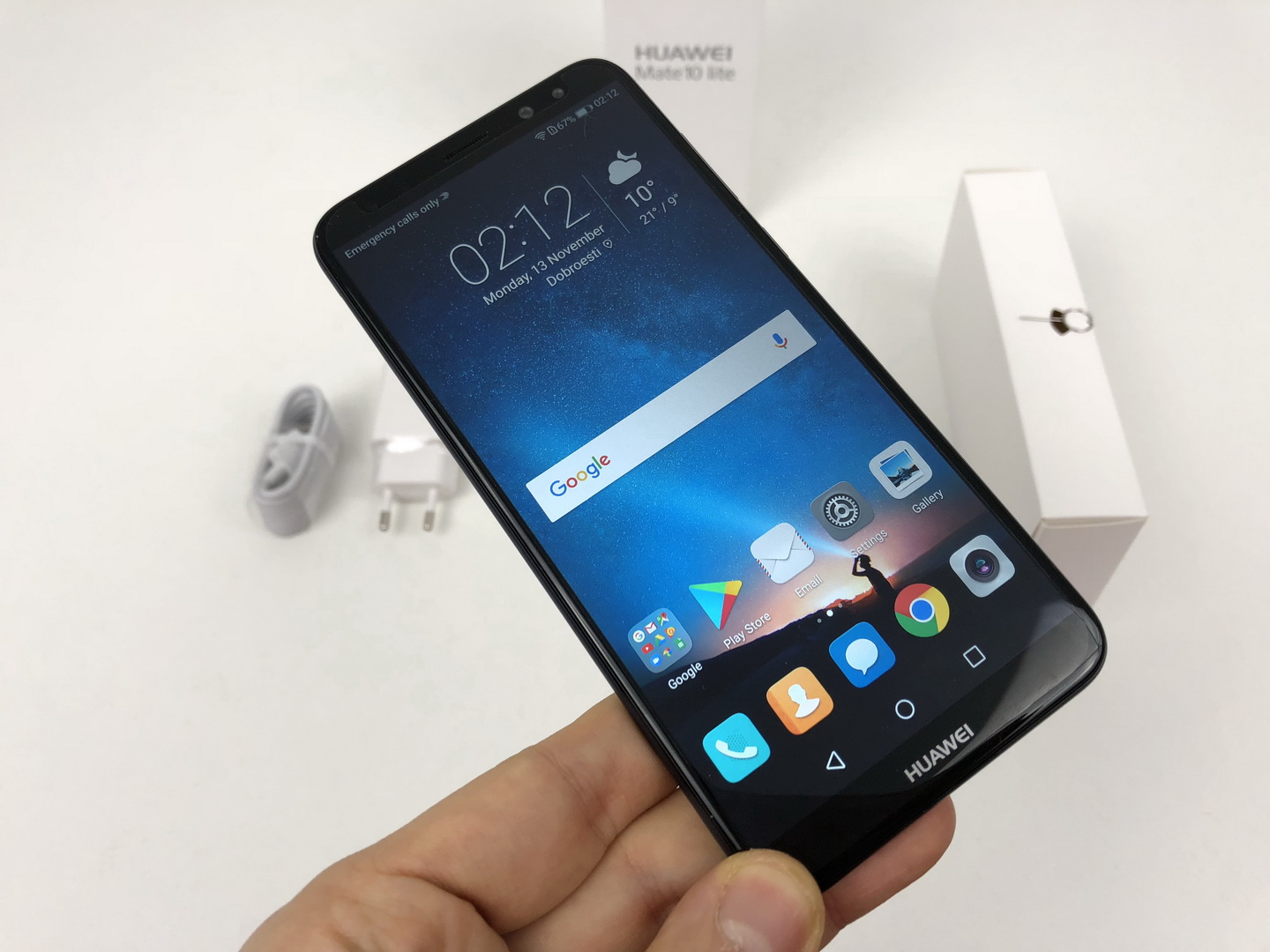 huawei mate 10 lite unboxing known by many names offering 4 cameras and a new format video. Black Bedroom Furniture Sets. Home Design Ideas